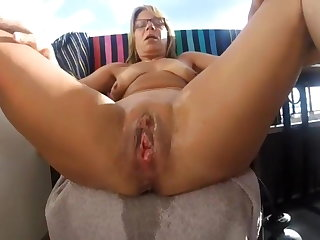 squirting fisted german mom