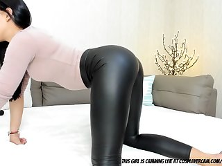 latex is the best thing on milfs.... clip