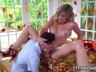 Blonde milf sleeping Gobble On The Pussy Not The Pie