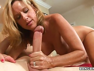 Dirty prosperous, mature ash-blonde with thick breasts, Jodi West had horny fuck-fest with her wondrous gardener