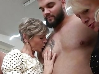 3 grand moreovermams and moreover 2 immature cocks