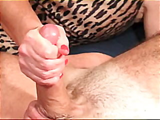couple, homemade, amateur, fetish, jennyandjoey.com, handjob, close-up, cfnm, cumshot, wife, housewife
