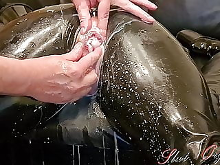 Slave Slut-Orgasma Celeste in Latex stretched holes, enema