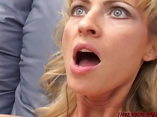 Gigantic Black Dick Of Shane Diesel Wrecks Leeza Jones' Wet Pussy