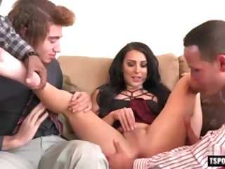 Hot shemale foursome with cumshot